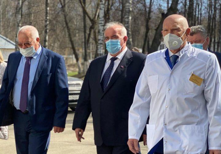 Губернатор Костромской области поздравил коллектив санитарной авиации Костромской области с 75-летием со дня образования